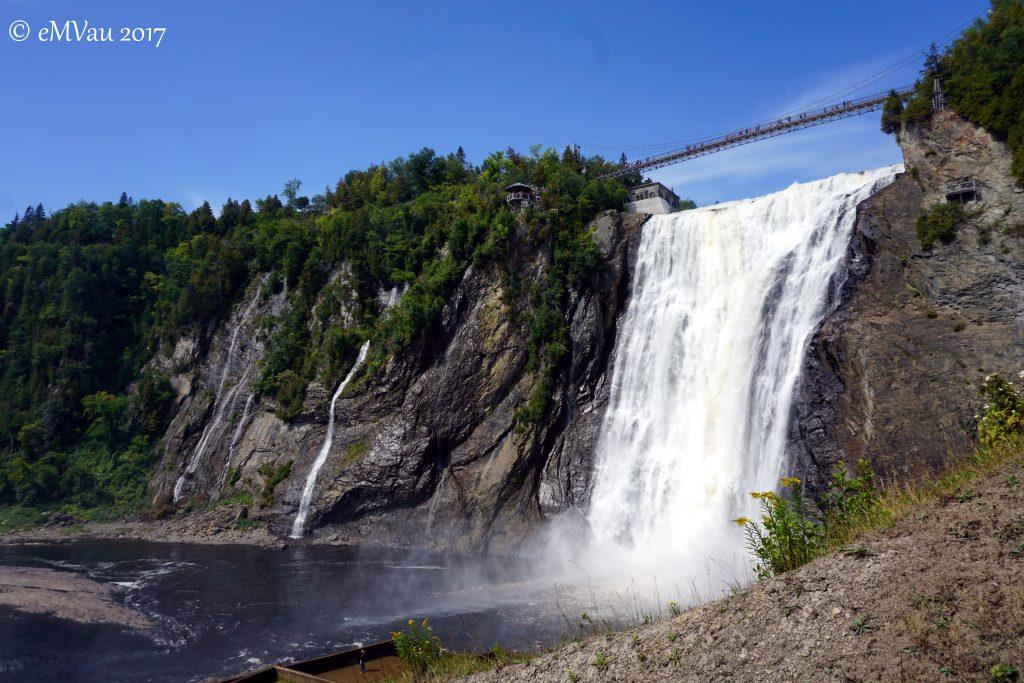 höher als die Niagara Falls ;)